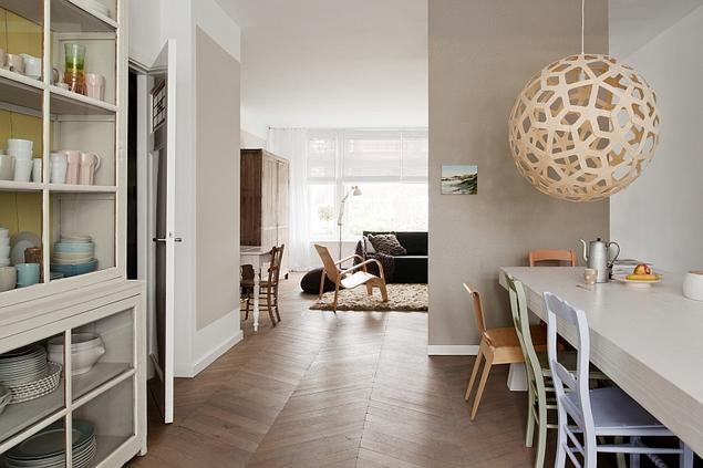 Zobacz galerię zdjęć Jasne kolory ścian w wystroju wnętrza w stylu skandynaws   -> Kuchnie Nowoczesne Jasne Kolory